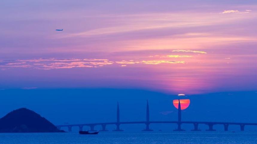 """龙腾湾区 """"桥""""见朝阳"""