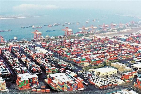 武漢新港年吞吐量突破156萬標箱