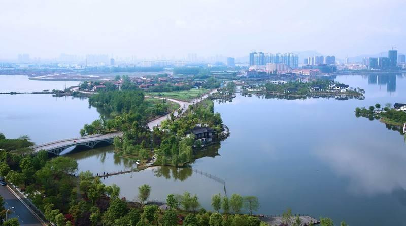 黄冈市举办专场活动推介遗爱湖