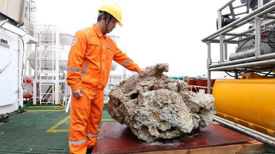 """""""海洋地质十号""""完成中巴联合海洋地质科考航次"""