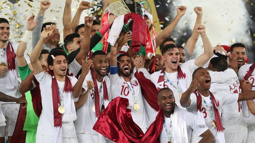亚洲杯决赛:卡塔尔队夺冠