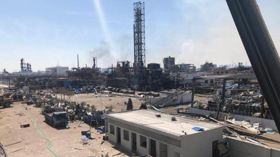 直击盐城化工厂爆炸24小时后核心区现场