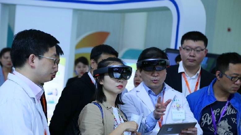 健博会开幕 助推武汉打造世界大健康产业之都