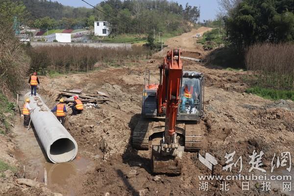 英山县山溪坳路段升级改造为2万余人带来福祉