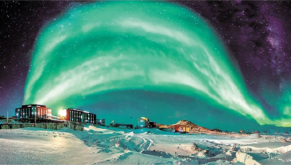 南极科考队员讲述极地挑战500天 展示极地奇观 呼吁保护地球
