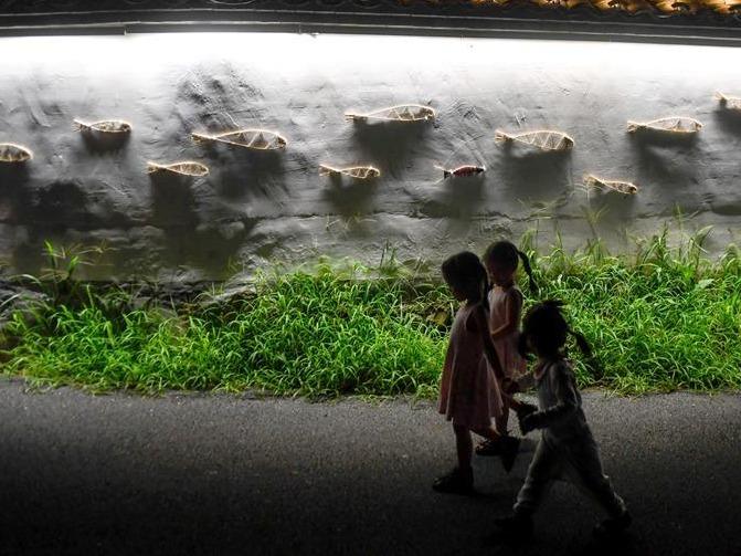 浙江安吉:艺术光影秀 装饰乡村夜