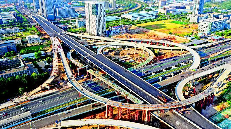 武汉光谷大道高架二期通车在即