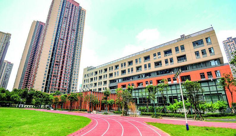 武汉一批新学校今秋启用 更多孩子可在家门口上学