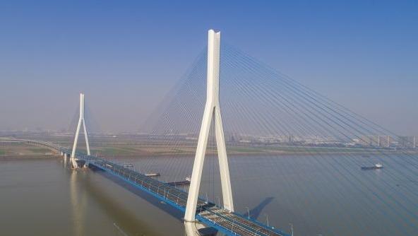 武汉长江大桥合集,你喜欢哪一座?