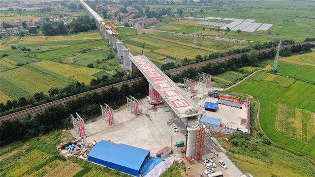 """安九高铁湖北段""""跨越""""京九铁路,武汉、南昌、合肥将迈入2小时交通圈"""