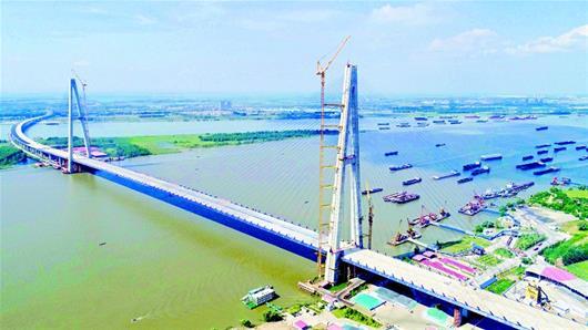 """""""桥宽48米!长江上最宽大桥主体工程基本完工 双向十车道连接四环线"""