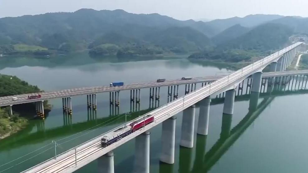 汉十高铁首次启动全线联调联试