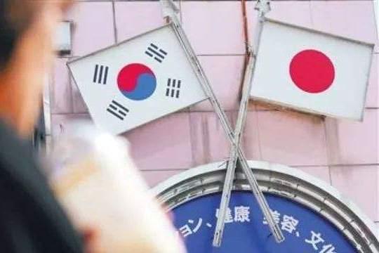 """""""韩国正式将日本移出出口白名单"""