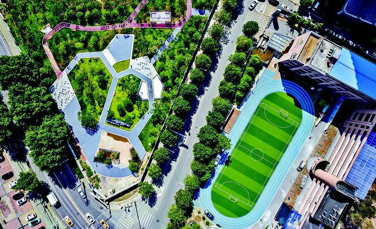 武汉处处街头公园 好似市民私家花园