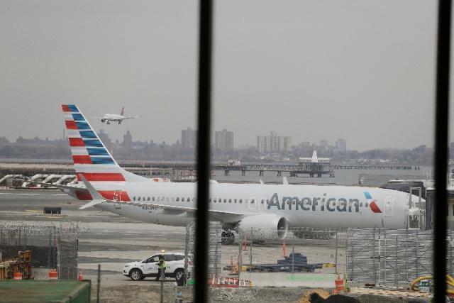 又出事!波音737客机因电力设备故障紧急迫降