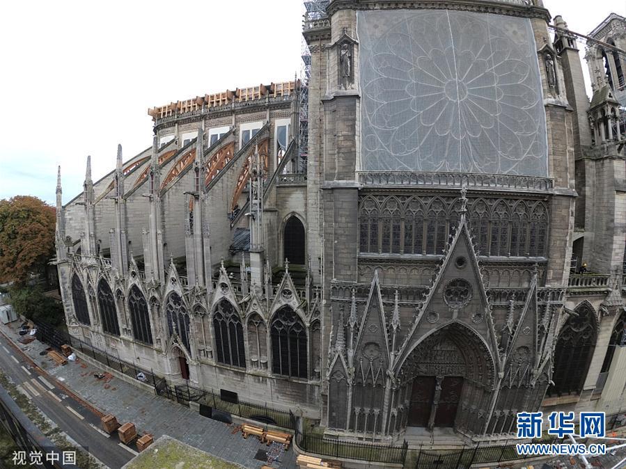 """""""法国:巴黎圣母院修复工作持续进行"""