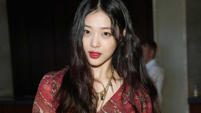 """""""韩国警方将对雪莉进行尸检 并调查其是否患抑郁症"""