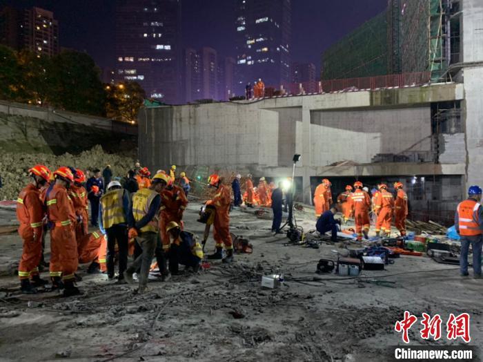 """""""贵阳工地垮塌失联人员全部找到 8人遇难"""