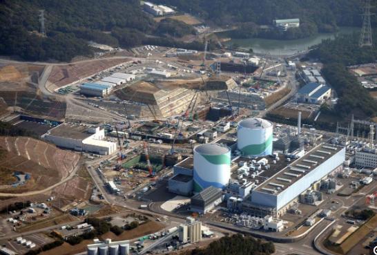 """日本称排放福岛污水危害""""非常小"""" 民众反对排污"""