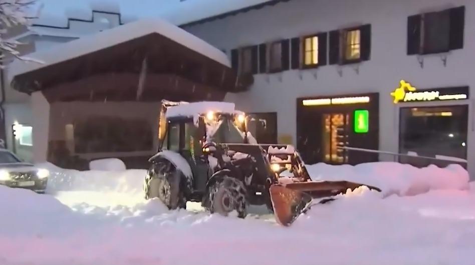 欧洲多国连降暴雪