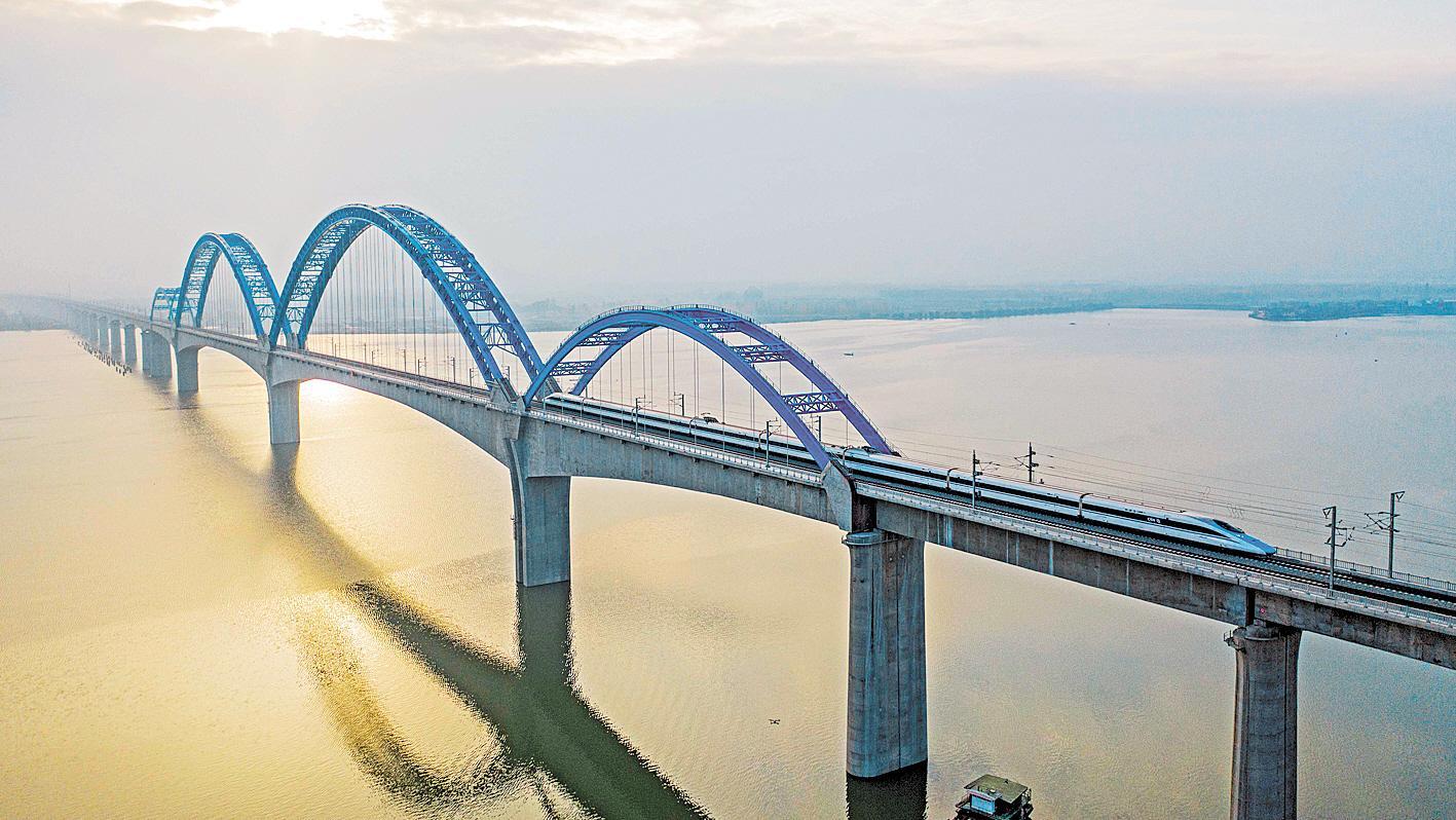 串起近60家高等级景区 汉十高铁将成鄂西北黄金旅游线