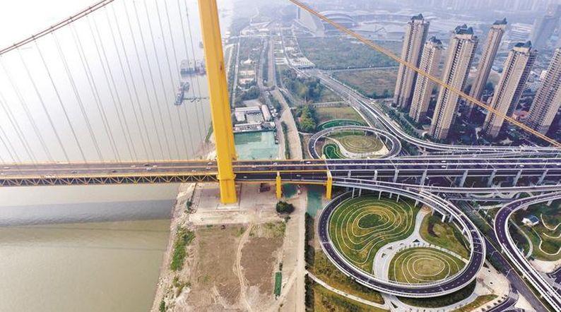 武汉杨泗港快速路青菱匝道明年通车 大桥灯光将与两江四岸联动