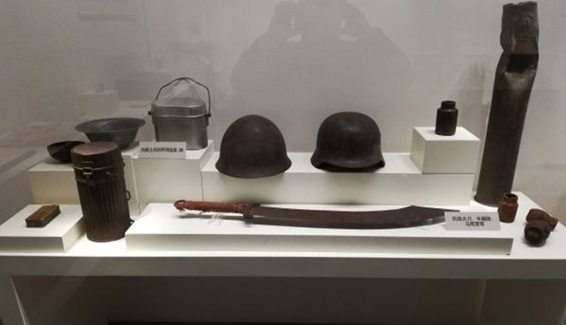 八路军用过的砍刀、解放前的情报地图、救命铜元……武汉这个展览带你回到那些年