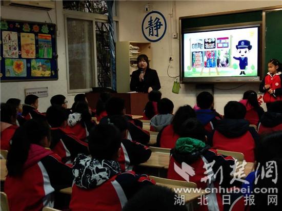 武泰闸小学开展禁毒讲座 800名在校师生认知毒品危害