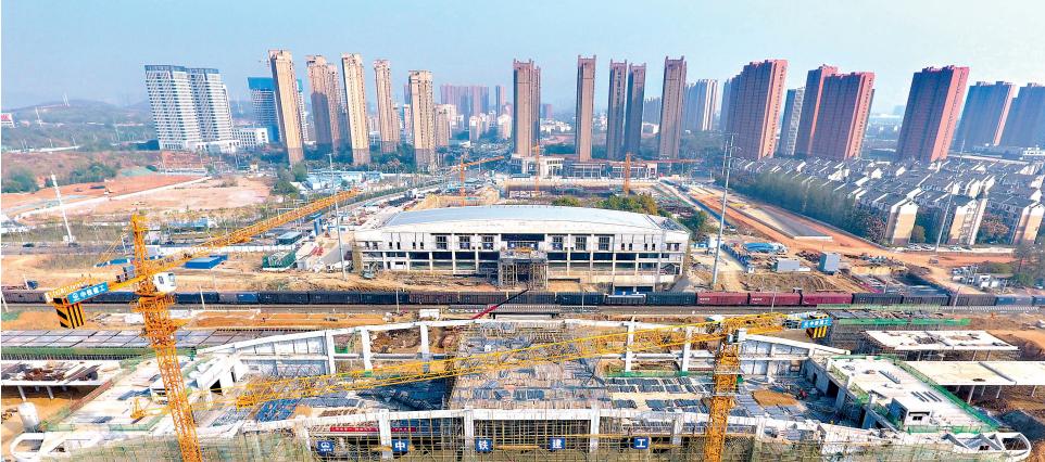"""光谷火车站预计明年下半年建成 可实现国铁、城铁、地铁等多种交通方式""""无缝换乘"""""""