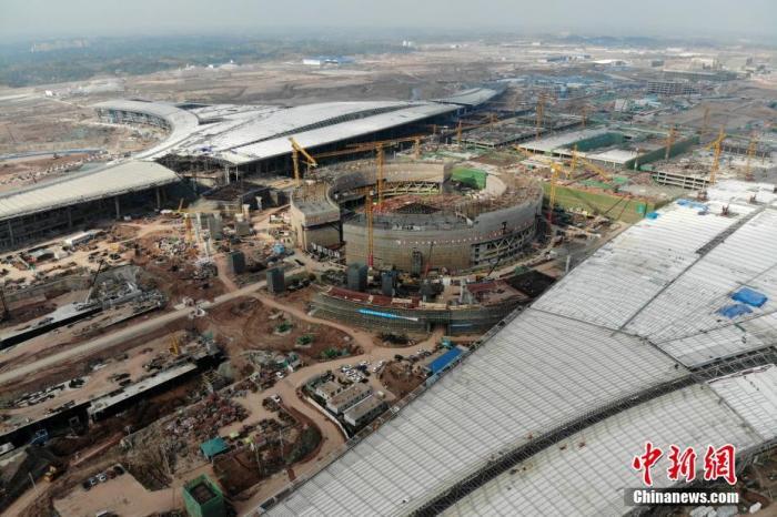 成都天府国际机场航站楼主体工程正式完工