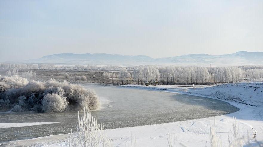 宛如仙境!新疆昭苏雾凇景色美如画