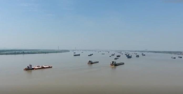 长江流域重点水域将实行10年禁捕