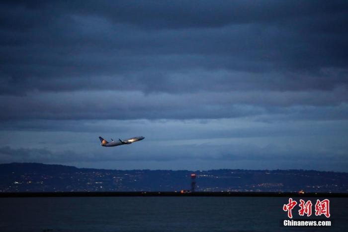 葡萄牙里斯本�C��T工�T工 致�凳�架航班取消