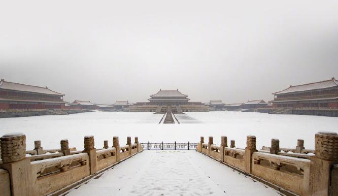 来了!闭馆中的故宫雪景