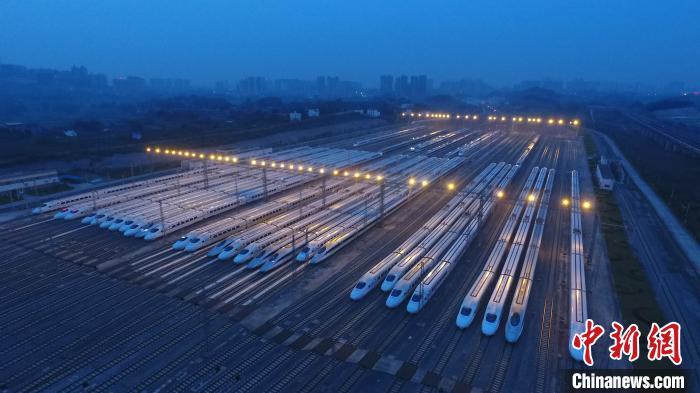 广西春运期间增开旅客列车52对 缓解珠三角务工客流