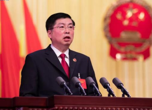 省人民检察院检察长王晋向大会作省人民检察院工作报告