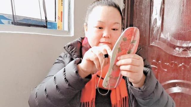 驻村扶贫工作队不离不弃 身患重病的她脱贫致富了