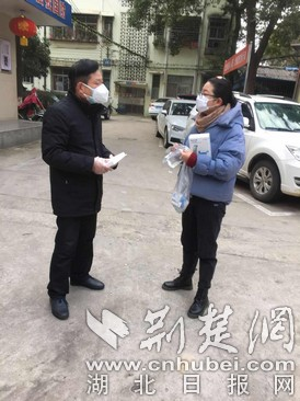 鄂州市军队离退休干部王桂华:身体力行  冲在一线
