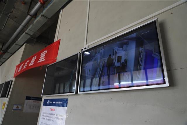 """武汉""""火眼""""实验室在光谷启用 核酸检测日通量可达万人"""