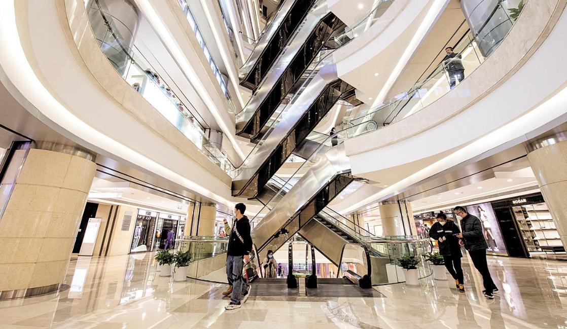江城各大购物中心陆续恢复营业