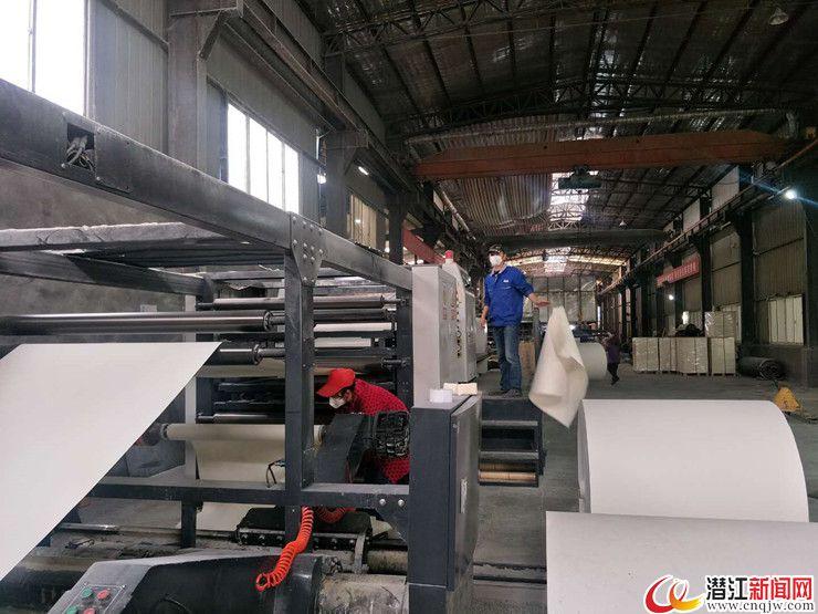 张金镇:让务工人员安心返岗