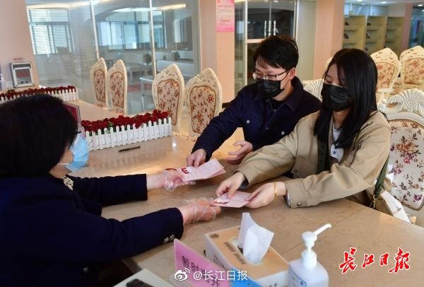 http://www.umeiwen.com/sifanghua/1773731.html