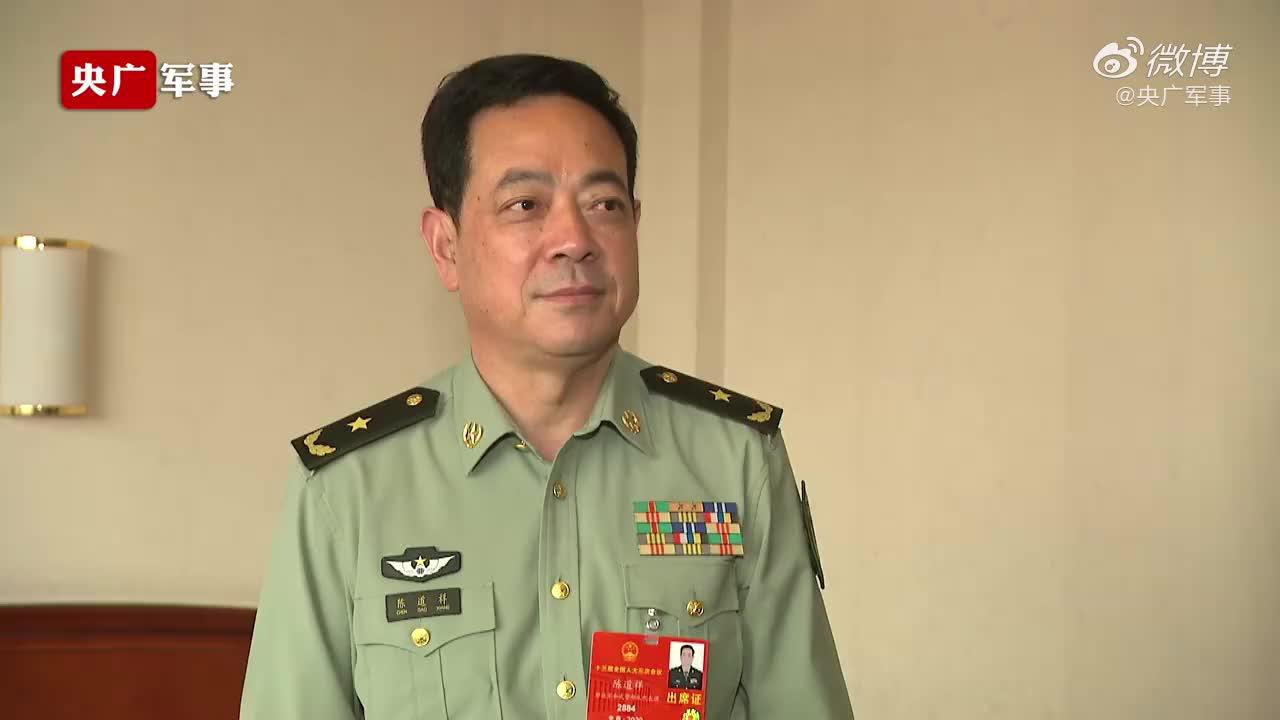 驻香港部队司令员表态:坚决拥护全国人大涉港决定