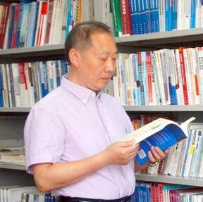 """中南民族大学吴开松:以智战""""疫"""" 用行动诠释教育初心"""