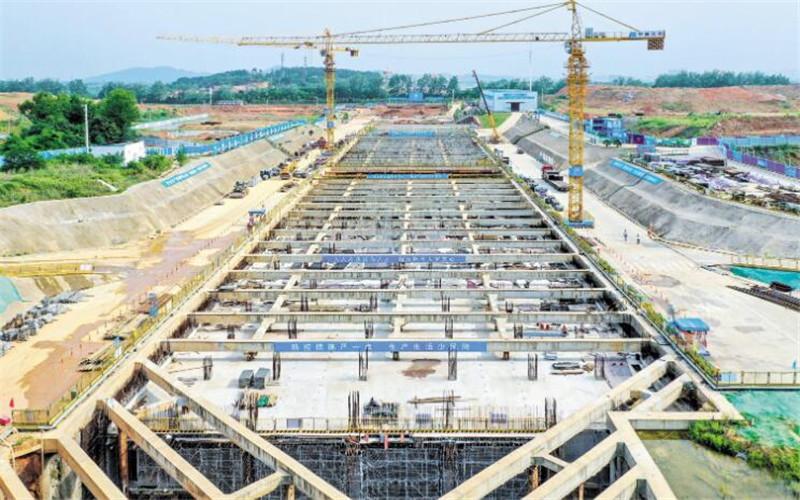 武汉光谷地下空间项目加紧施工
