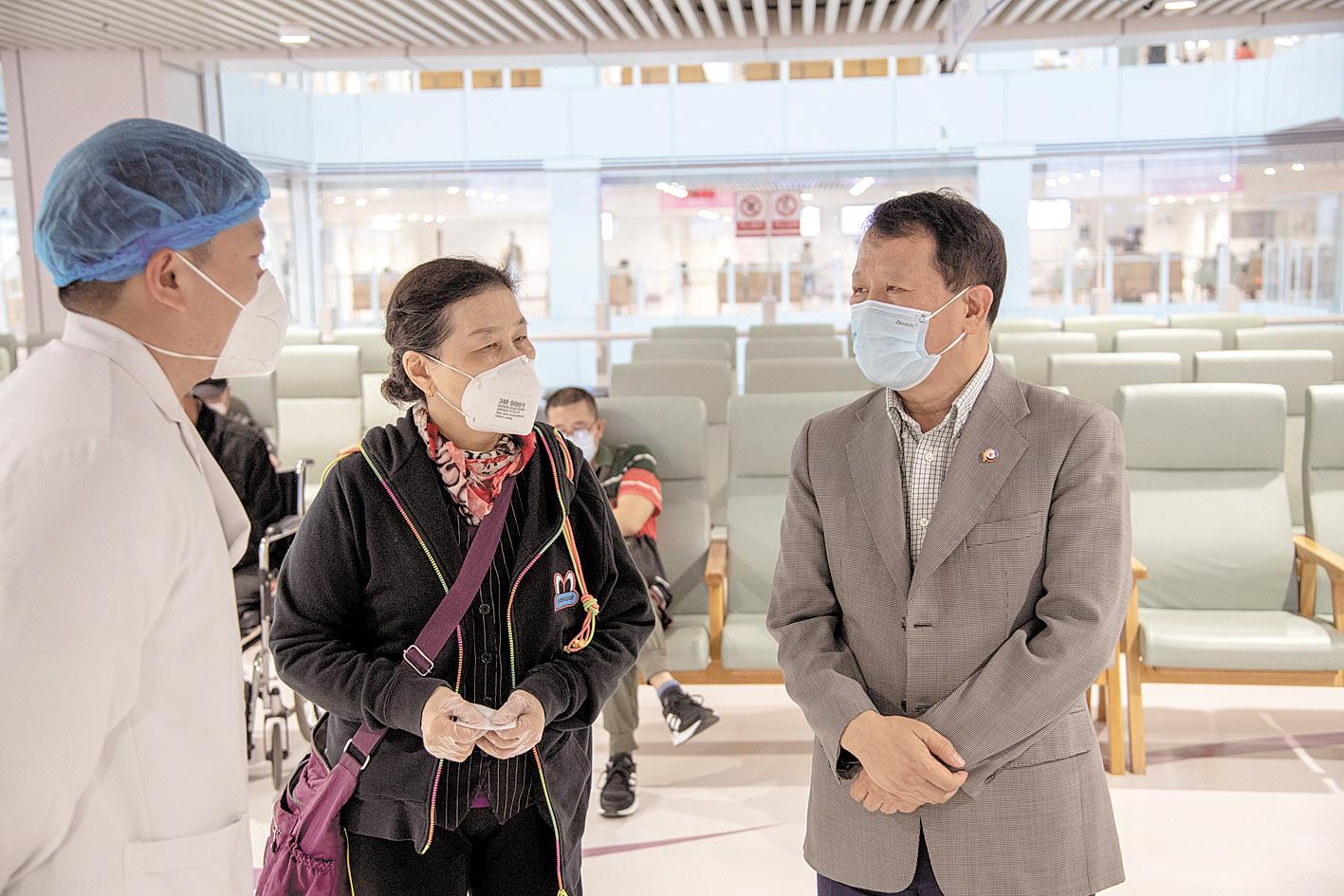 谢俊明委员:对大健康产业发展信心满满
