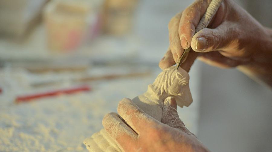 湖北非遗膏雕:一刀一刻,守望岁月