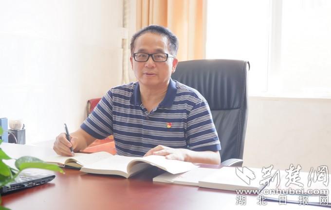 园博园学校书记兼校长李运明:从教38年 在校园里工作是一种幸福