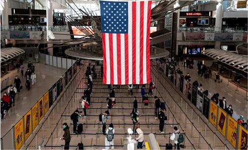 """海外网评:美国""""黄金护照""""褪了色,怪谁?"""