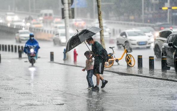 武汉放晴才两日又迎暴雨